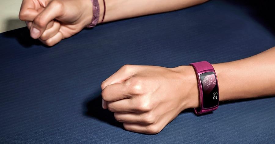 Neue Samsung Fitness-Uhren: Gear Fit Pro und Gear Pop